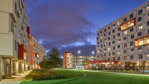 UCSD Graduate & Professional Students & Mixed-Use Housing - East Campus