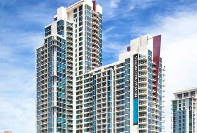 VANTAGE POINTE SOUTH & NORTH TOWERS - 679 UNITS
